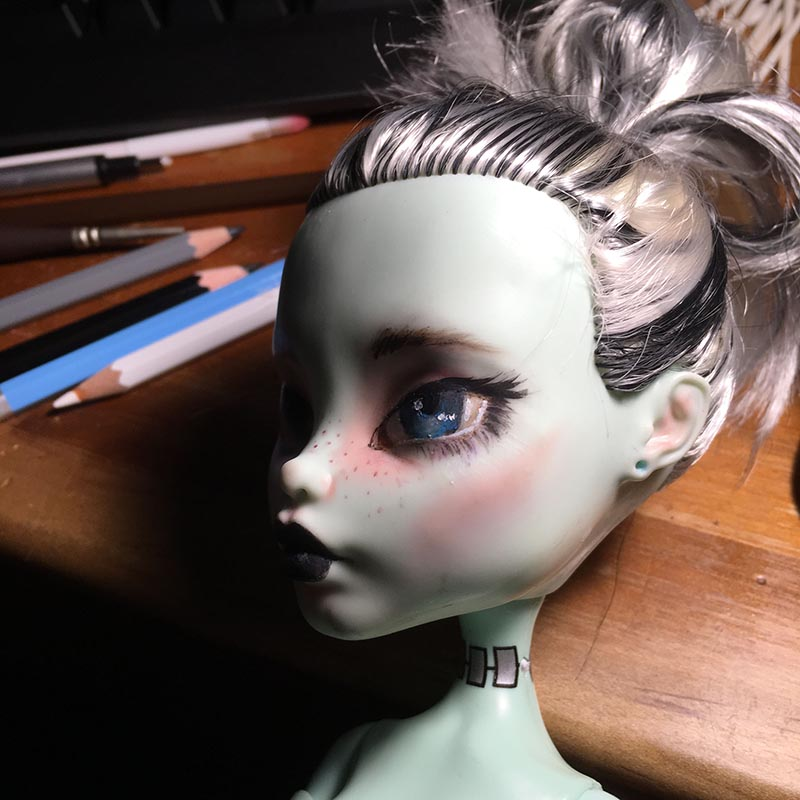 a different angle of the same monster high doll as the previous picture.